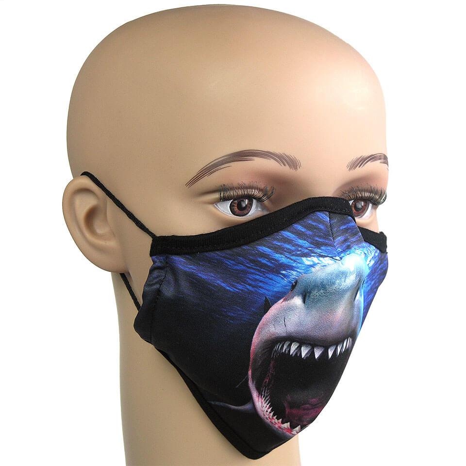 Fotorealistischer Farbdruck auf Schutzmaske, Motiv: weißer Hai